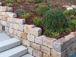 mauer-einfassung-floratec-garten-landschaftsbau-1