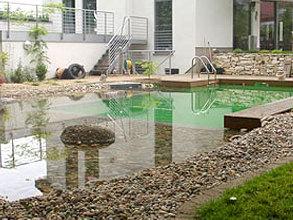 schwimmteich-badegarten-floratec-garten-landschaftsbau-1