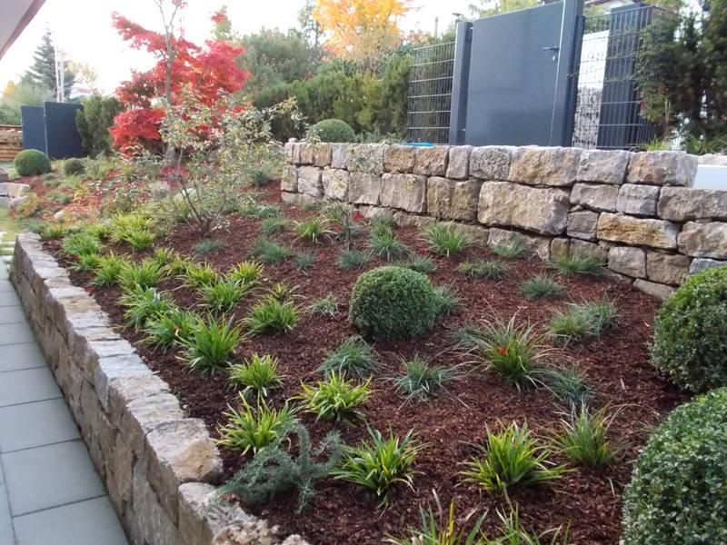 mauern und einfassungen garten und landschaftsbau floratec. Black Bedroom Furniture Sets. Home Design Ideas