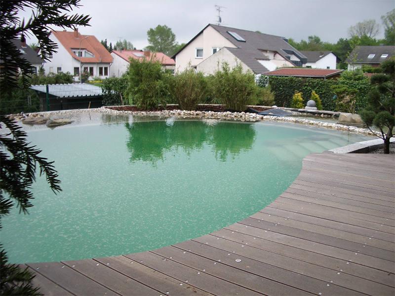 schwimmteich und badeg rten garten und landschaftsbau floratec. Black Bedroom Furniture Sets. Home Design Ideas